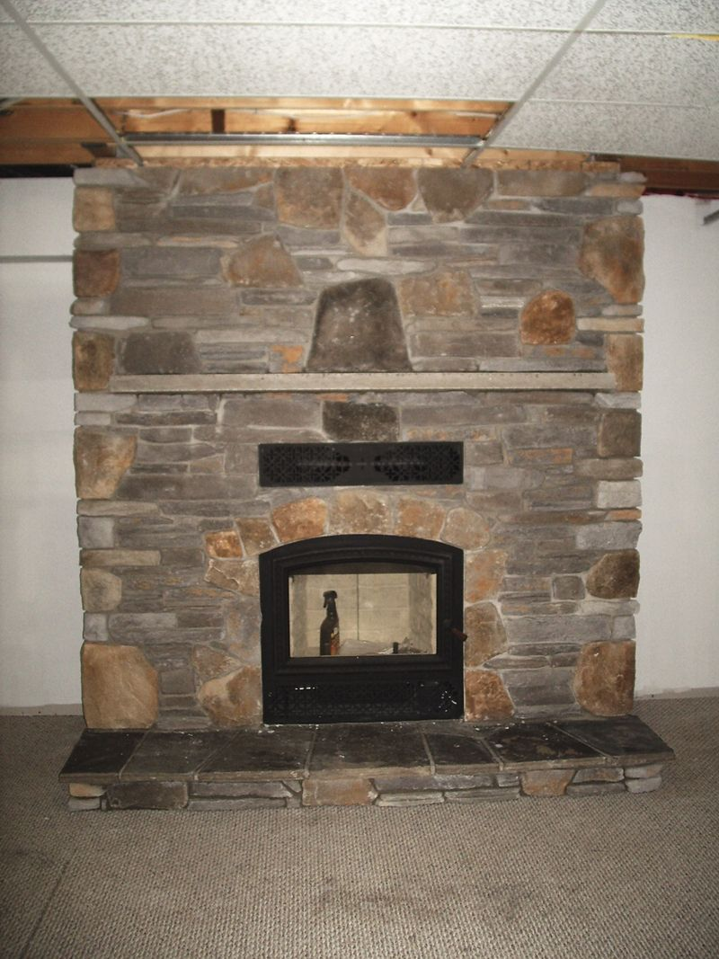 Wood fireplaces friendly firesfriendly fires for Contemporary wood fireplace